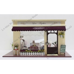 "DIY KIT: WOODEN DOLLHOUSE MINIATURE ""Love Together"""