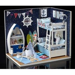 DIY KIT: Boy/Girl Room Box , Face The Sky