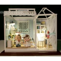 DIY KIT: Dollhouse Crystall Room - Blue Dream House